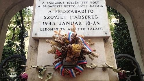 Memorial plaque in Budapest
