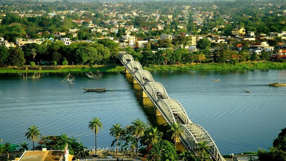 Charger l'élément 1 sur 9. Aerial view of a bridge in Ho chi Minh