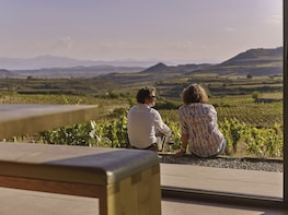 La Rioja Small villages tour with wine tasting and lunch