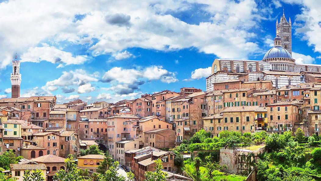 taking a stroll in the city of Siena