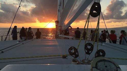 SunsetCatamaran_HIO_EXP.jpg