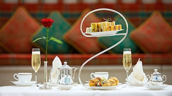 Afternoon Tea at Burj Al Arab - Skyview Bar with transfers