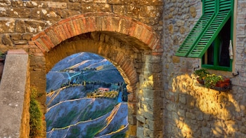 San Gimignano & Volterra Small Group Tour from Siena