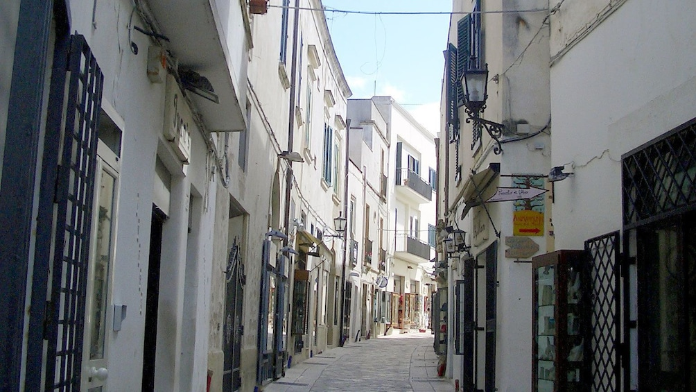 Apri foto 6 di 6. spending the morning exploring the streets of Otranto