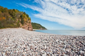 Best Of Fundy with Hopewell Rocks