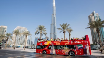 Busstur i Dubai med hop-on/hop-off + premiumpass-alternativ