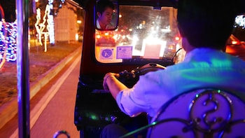 Small-Group Best Midnights Eats Tour in a Tuk Tuk
