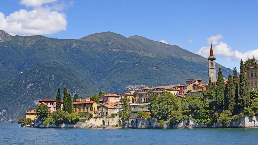 Foto 1 von 5 laden Day scenery in Lugano
