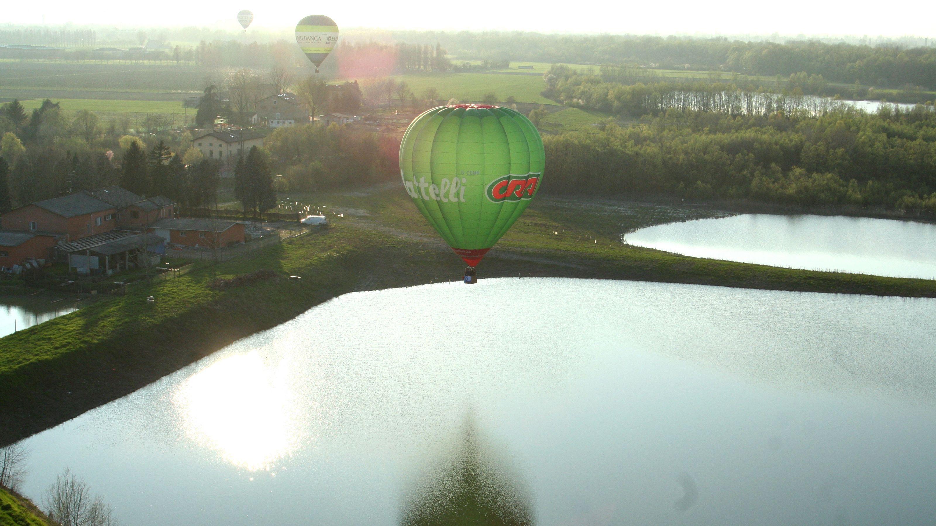 Hot air balloons in Milan