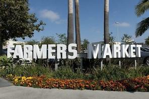 L.A. Original Farmers Market Private Transfer To Anaheim Resort