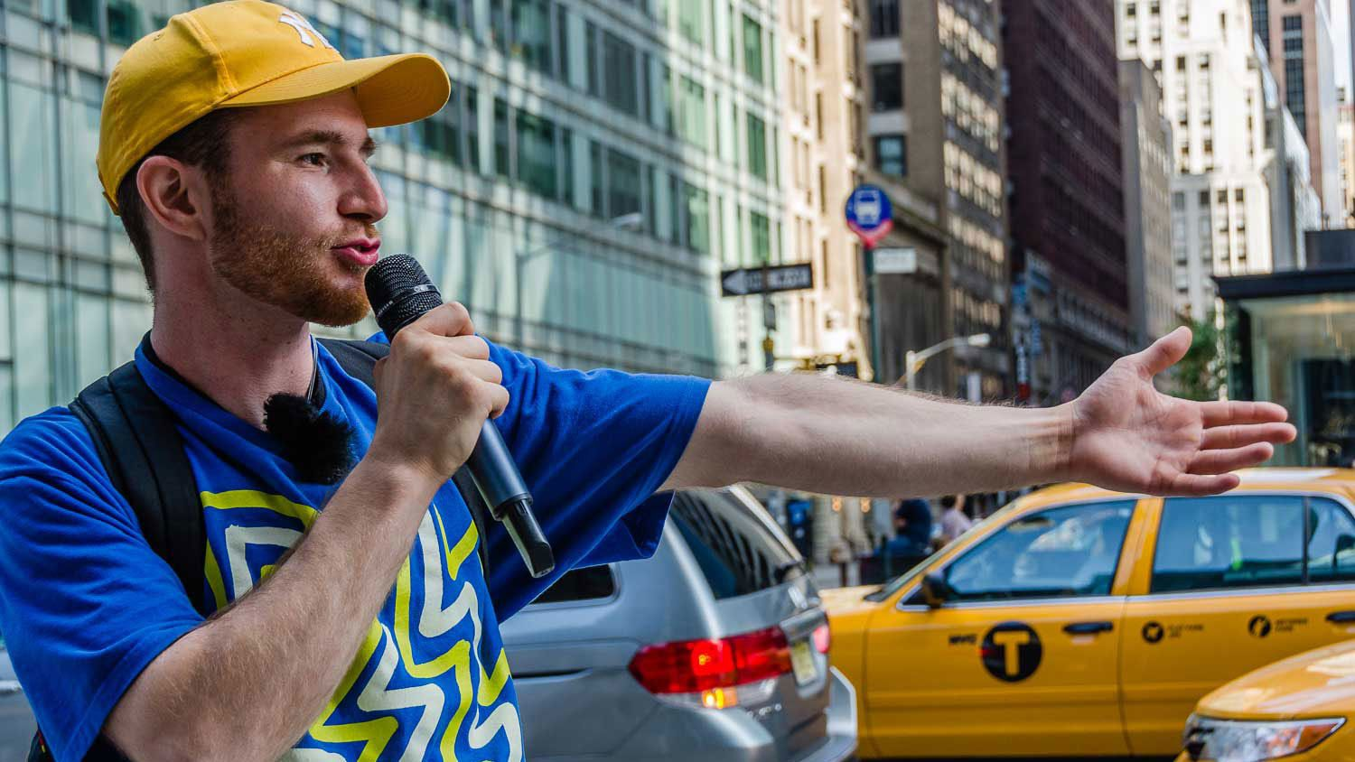 Tour guide with microphone in New York