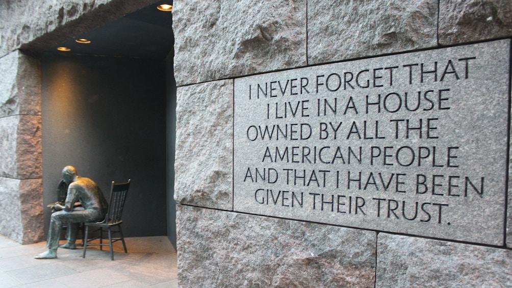 Ver elemento 4 de 8. FDR Memorial in Washington DC