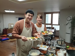 Korean Cooking Class & Traditional Dining in Haeundae, Busan