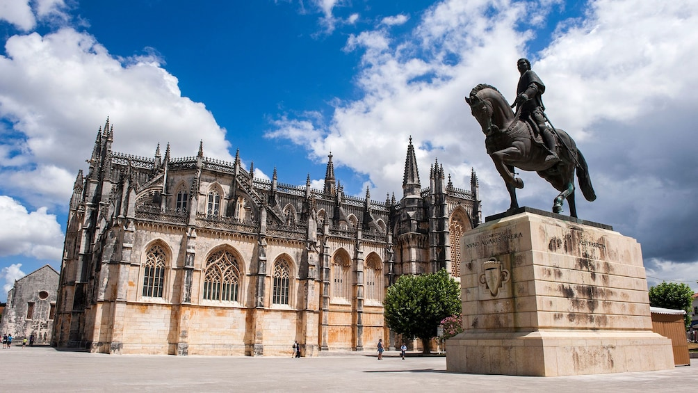 sculpture outside of the Batalha Monastery in Portugal