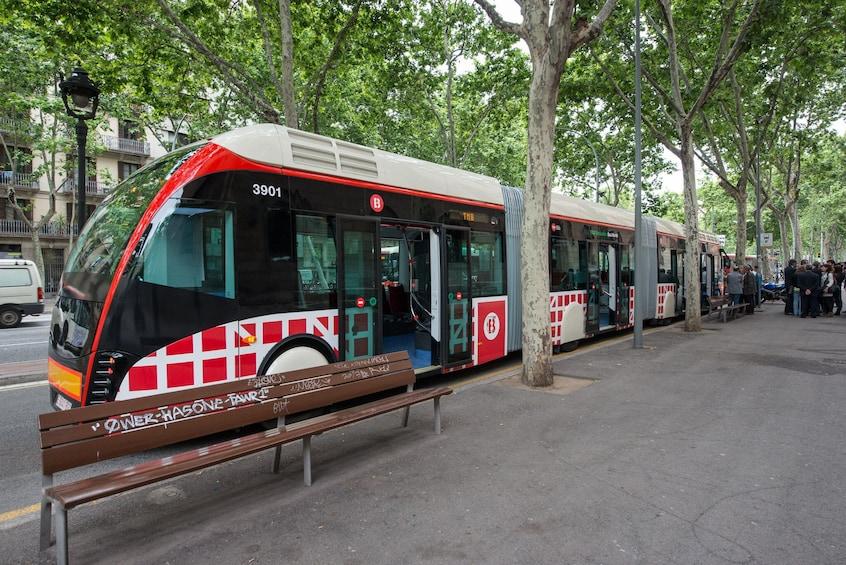 48-Hour Barcelona Express: Discounts & Transportation