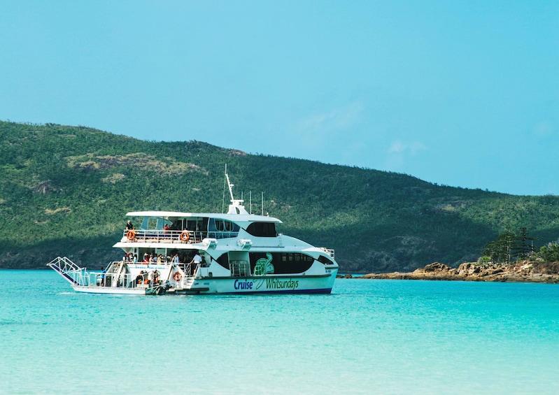 Activity Whitsunday and Whitehaven Half-Day Cruise