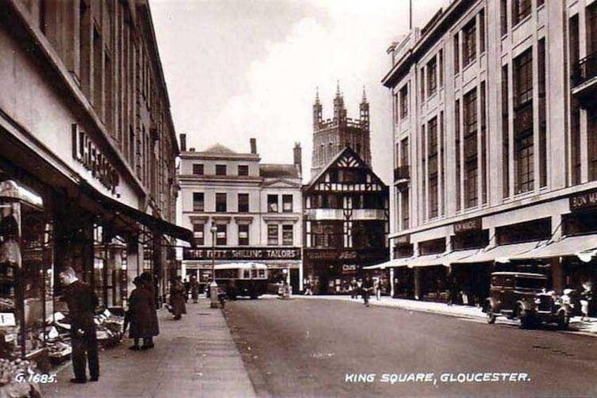 Show item 1 of 11. Guided walking tour : Ghosts & Giggles Of Gloucester