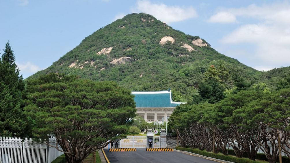 แสดงภาพที่ 3 จาก 5 mountain view in Seoul
