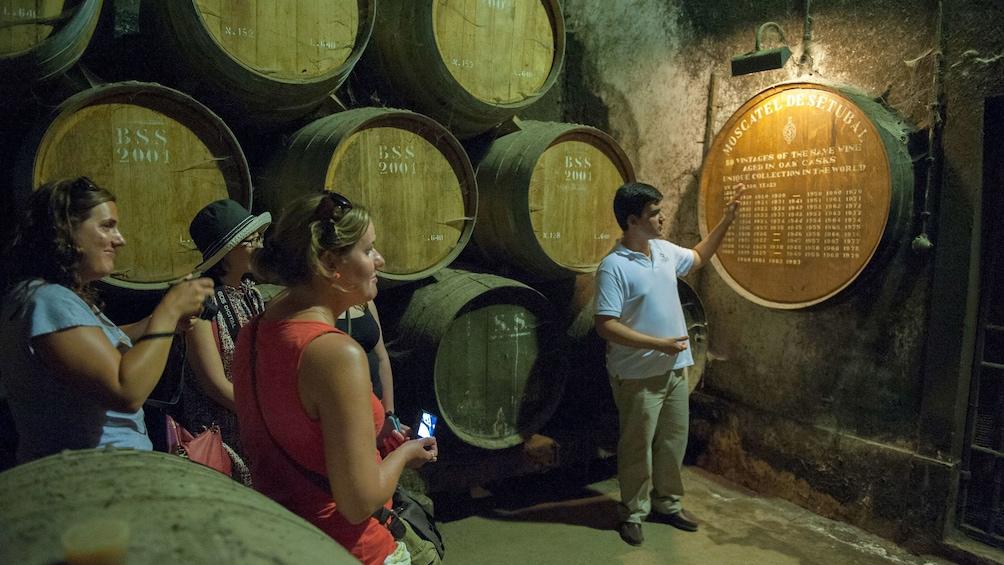 Apri foto 1 di 5. stacked wine barrels in the cellar in Portugal