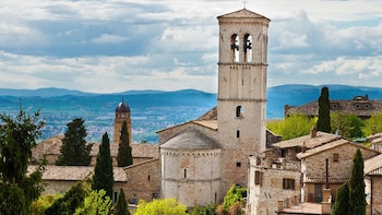 Assisi Full-Day Tour with Lunch
