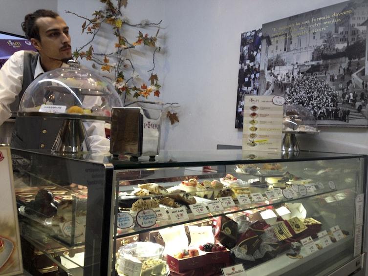 Foto 2 van 8. Italian Espresso & Gelato Food Tour