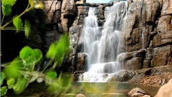 Laoshan Mountain Full Day Private Activity Tour