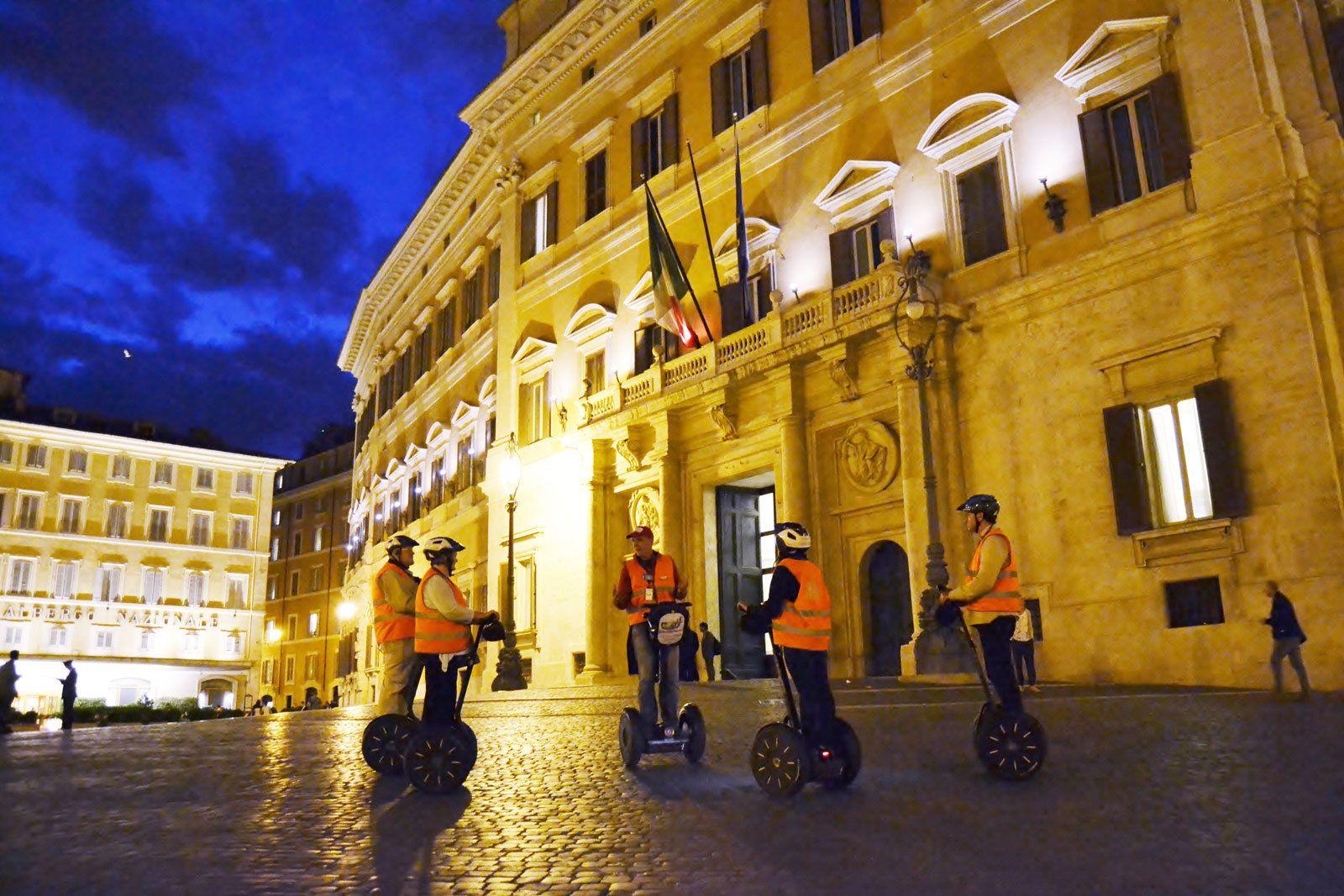 Rooman Segway-kierros illalla