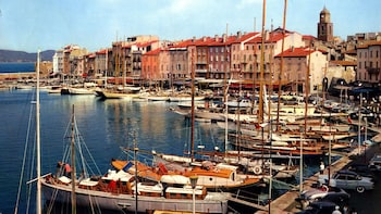Saint-Tropez Tour & Cruise (T12)