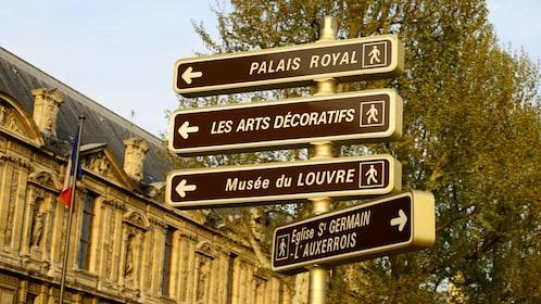 Street signs in Paris