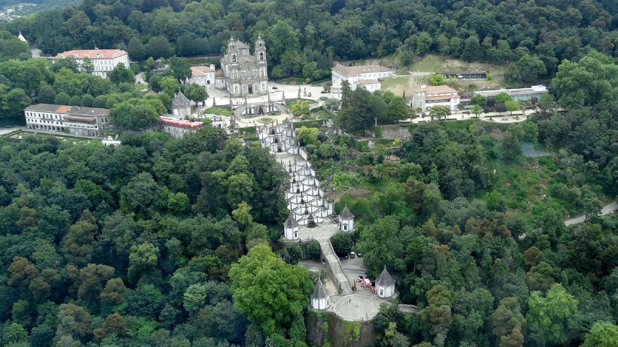 Koko päivän kiertoajelu pohjoisen kyliin: Braga ja Guimaraes Portosta