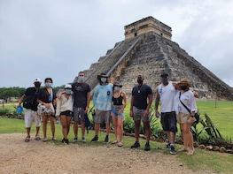Tour de primer acceso a Chichén Itzá con almuerzo y degustación de tequila