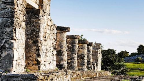 Row of columns at Tulum