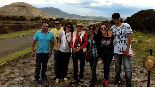Group of people on the Avenue of the Dead at Teotihuacan