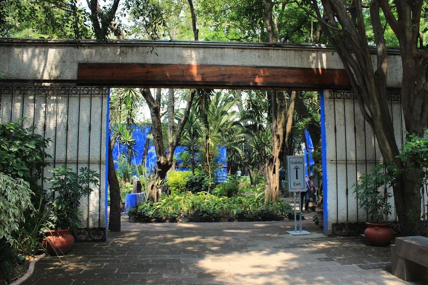 Carregar foto 5 de 10. Xochimilco, Coyoacán and Frida Kahlo Museum Tour