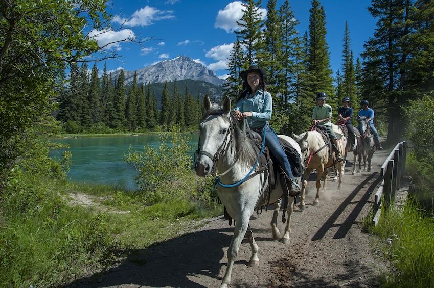Banff Horseback Riding Tour