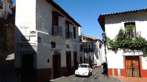 Pristine white buildings in Taxco
