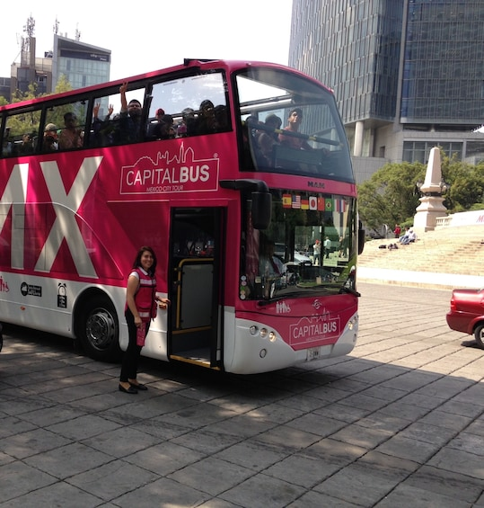 Hop-On Hop-Off Capital Bus Tour