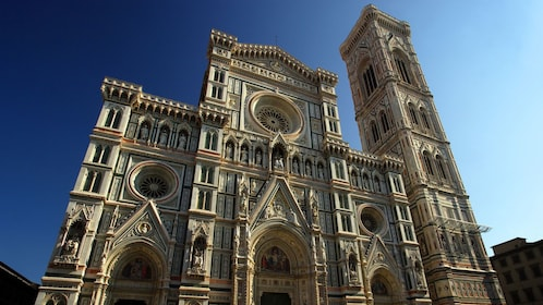 Close up image of a Cathedral in Italy