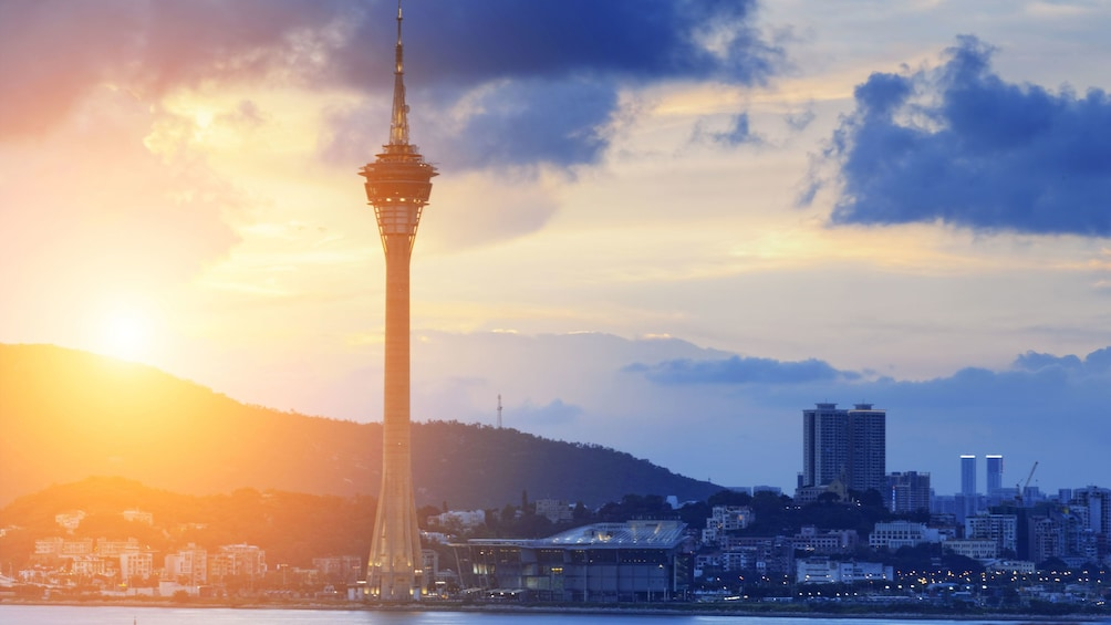 Tampilkan item 1 dari 5. The Macau tower at sunset