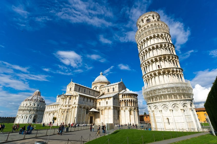 Foto 4 von 10 laden Half-Day Tour of Pisa with Optional Leaning Tower Ticket