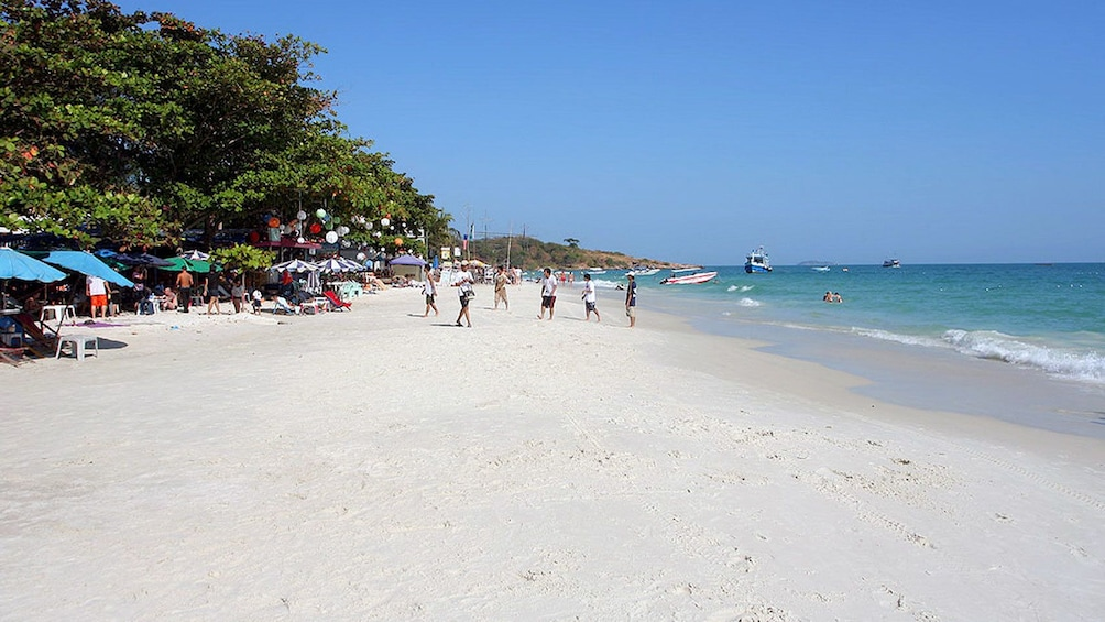 Show item 3 of 5. Visiting the beach at the Samet Island in Pattaya