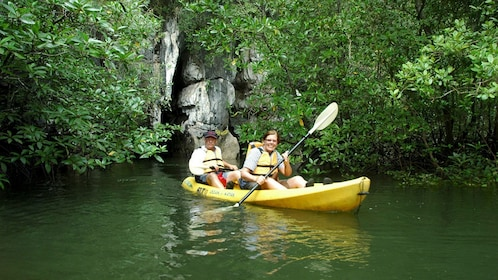 Kayakers in Ban Bor Thor