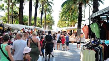 Visita en grupos pequeños por los mercados italianos desde Mónaco