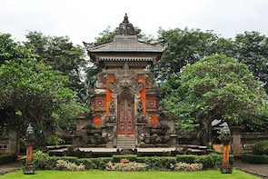Must to do tour in Jakarta ;Private guided ;Solo;Small Group