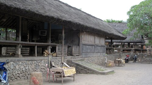 traditional style buildings in Bali