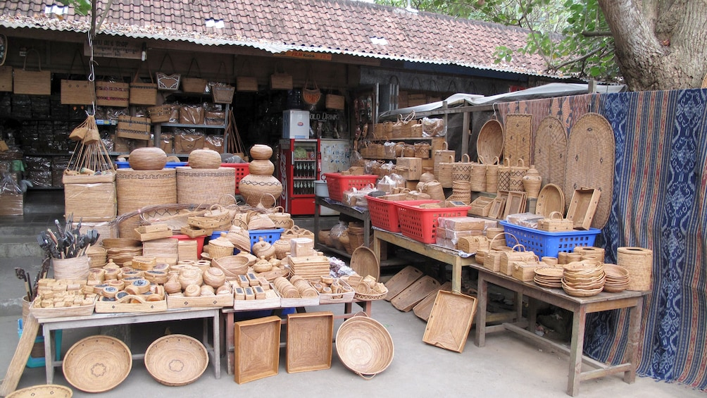 hand crafted baskets for sale in Bali