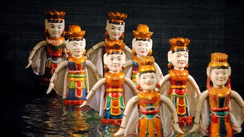 Hanoi Night Walking Tour with Water Puppet Show