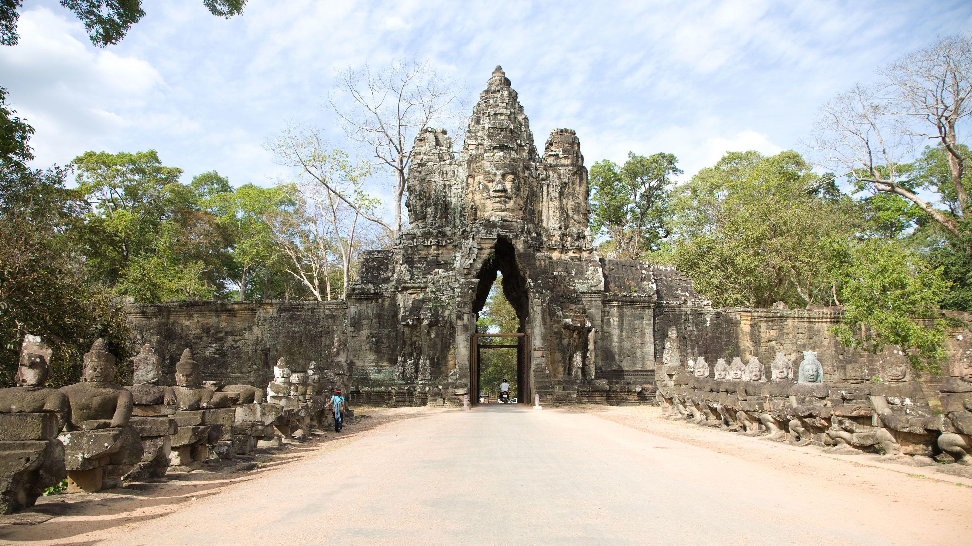 Full-Day Angkor Wat Tour
