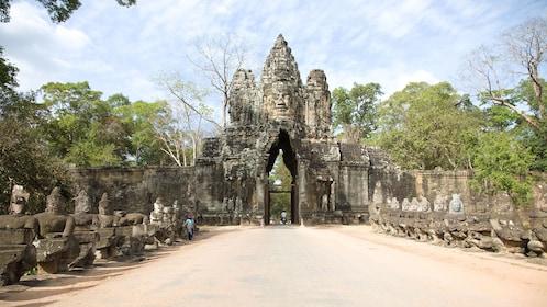 temple gate in siem reap