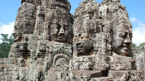 stone carvings in siem reap